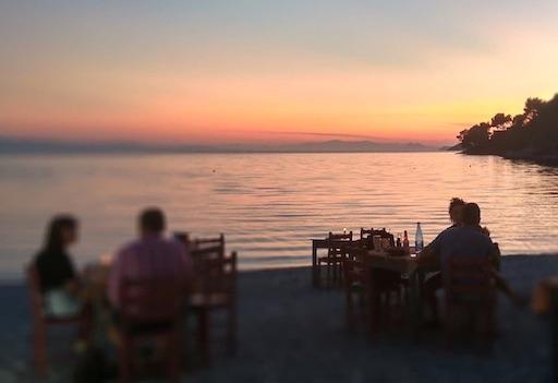 Ιστοσελίδες Εστιατορίων - Ταβέρνα Γιαννης - Σκόπελος
